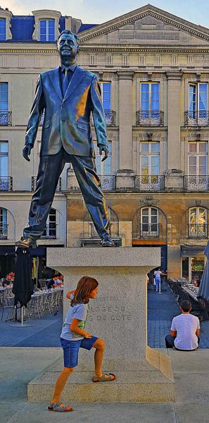 ENFANCES DU MONDE Olivier Tardiveau Photographe Nantes étonnante Page de Côté b4-46