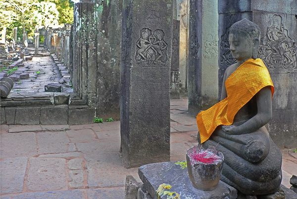 SPIRITUALITÉS Olivier Tardiveau Photographe Nantes étonnante sérénités Angkor Cambodge b7-11